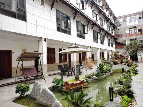 黄龙溪廊桥水乡酒店