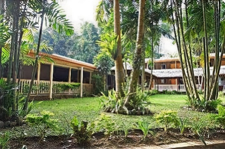 太平洋花园酒店(Pacific Gardens Hotel)
