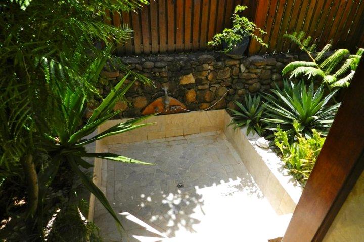 享受别墅 2 号游泳池海滩别墅酒店(Villa Pool & Beach by Enjoy Villas Villa 2)