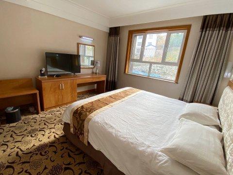 喀纳斯龙湖酒店