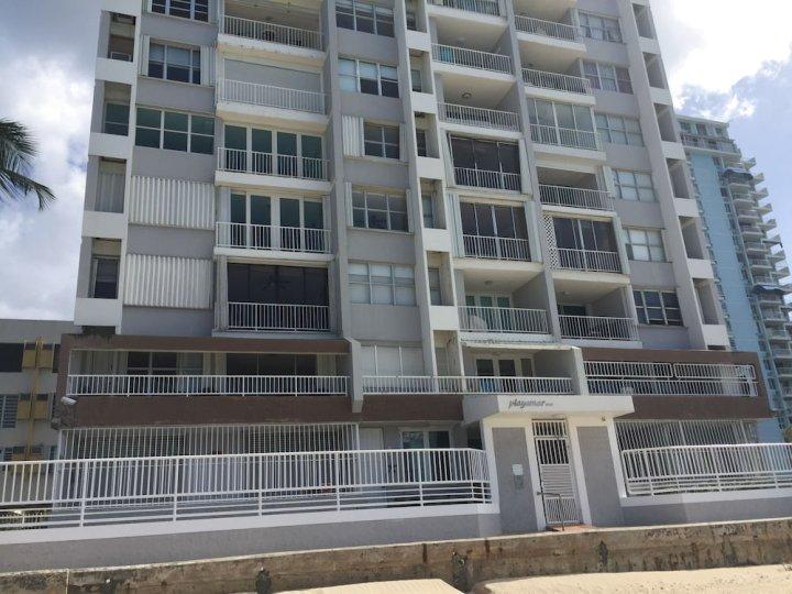 普拉亚马尔海滨公寓酒店(Playa Mar Beach Front Apartment)