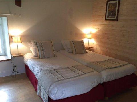 格伦比尔小屋酒店(Les Gites du Colombier)