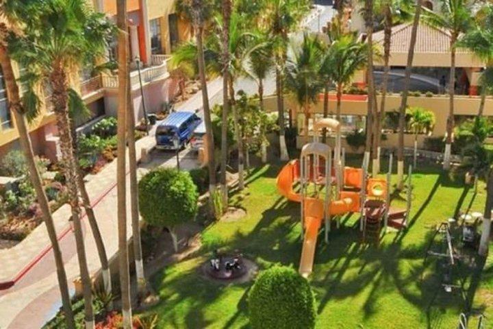 优质海景小套房 - 艾维比盘石酒店(Great Marina View JrSuite Evb Rocks)