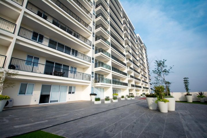 Real View Towers E506 by Casago