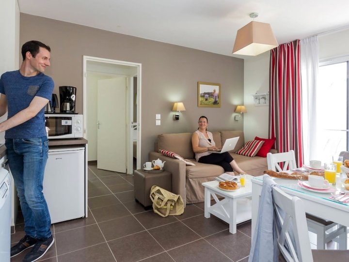 Modern Apartment in The Medieval Chinon in The Loire