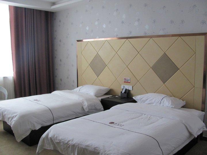 伊宁县依里巴巴大酒店