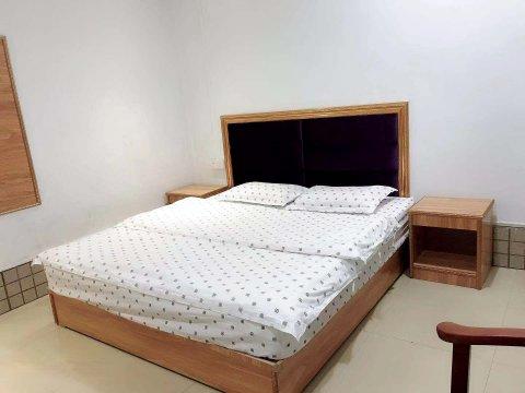 兴隆公寓(普宁洪阳店)