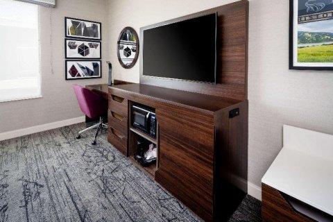 加利福尼亚吉尔罗伊欢朋套房酒店(Hampton Inn & Suites Gilroy, CA)
