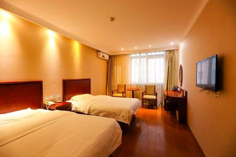 睿柏·云酒店(北京平谷政府步行街店)